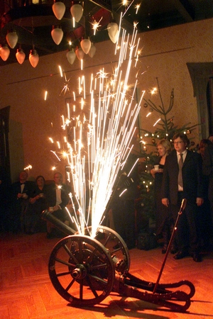 PÄRNU MAAVANEMA BALL AMMENDE VILLAS 2003